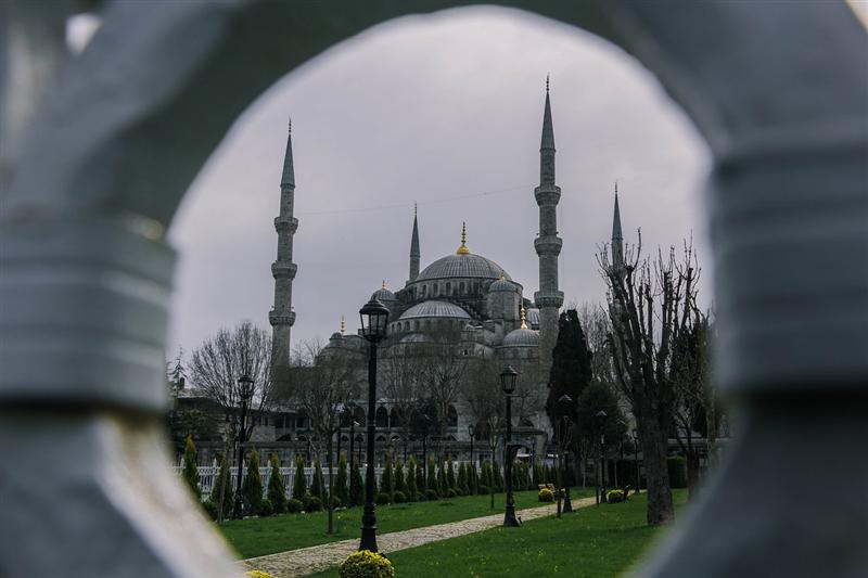 Imagine cu minaretele Moseheei Albastre din Istanbul