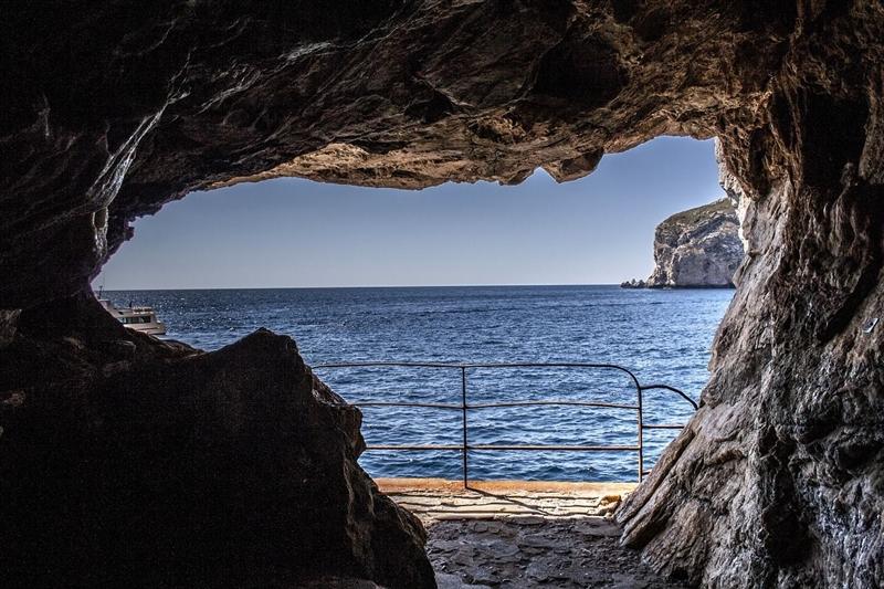Vedere Sardinia Neptune Caves