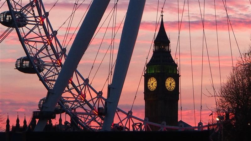 Paste la Londra