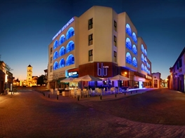 LIVADHIOTIS CITY HOTEL - Paste 2017 · LIVADHIOTIS CITY HOTEL Paste 2017 pachet 5 nopti plecare din Bucuresti zbor Blue Air
