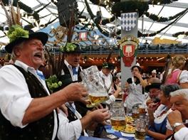 Austria si Bavaria 2017 - Oktoberfest · Austria si Bavaria 2017 - Oktoberfest