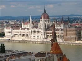 Budapesta si Viena 2017 - 1 Mai, 1 Iunie si Rusalii · Budapesta si Viena 2017 - 1 Mai, 1 Iunie si Rusalii