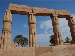 Circuit Egipt - Darul Nilului (mai - octombrie) · Circuit Egipt - Darul Nilului (mai - octombrie)