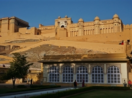 Circuit India - Nestematele Triunghiului de Aur · Circuit India - Nestematele Triunghiului de Aur