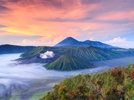 Circuit Indonezia - Insulele Java si Bali · Circuit Indonezia - Insulele Java si Bali
