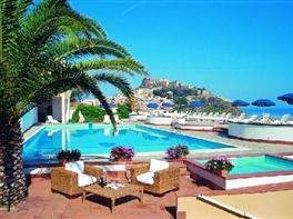 Hotel Pedraladda 3* sup - fara transfer · hotel-pedraladda-fara-transfer