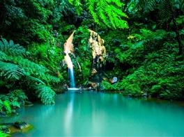 Insulele Azore - Aventura in natura · Insulele Azore - Aventura in natura