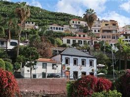 Madeira - Perla verde a Atlanticului  · Madeira - Perla verde a Atlanticului