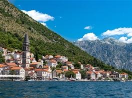 Marele tur al Balcanilor (avion) · Marele tur al Balcanilor (avion)