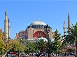 Paste Turcia: Kusadasi - Cappadocia - Istanbul · Paste Turcia: Kusadasi - Cappadocia - Istanbul