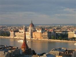 Praga - Viena - Budapesta (autocar) 2017 · Capitale Imperiale: Praga - Viena - Budapesta (autocar) 2017