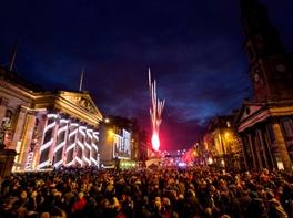 Revelion Edinburgh - Amsterdam · Revelion Edinburgh - Amsterdam