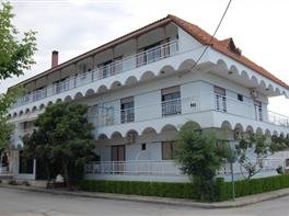 Vila Giorgos · Sejur Grecia - Nea Vrasna