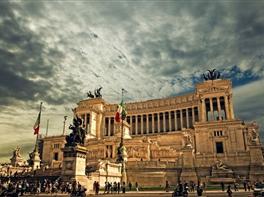 Seniori la Roma · Seniori la Roma