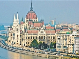 Ungaria 2017 (avion) - Bai Termale si SPA  · Ungaria 2017 (avion) - Bai Termale si SPA