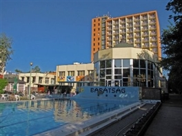 UNGARIA 2017 - Seniori la SPA (hotel 3*) · UNGARIA 2017 - Seniori la SPA (hotel 3*)